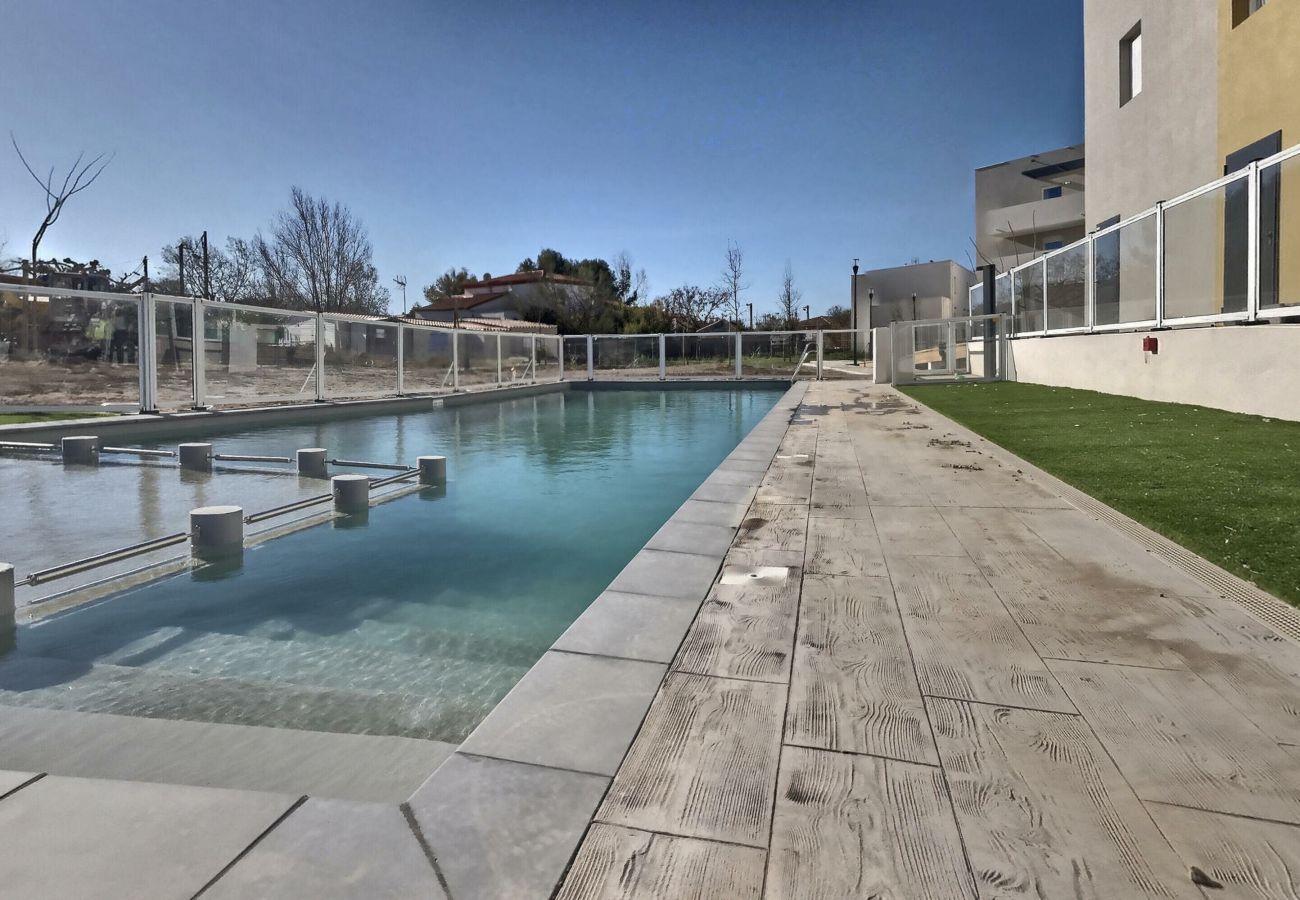 Villa à Valras-Plage - Belle villa dans une résidence sécurisée avec piscine chauffée. V17