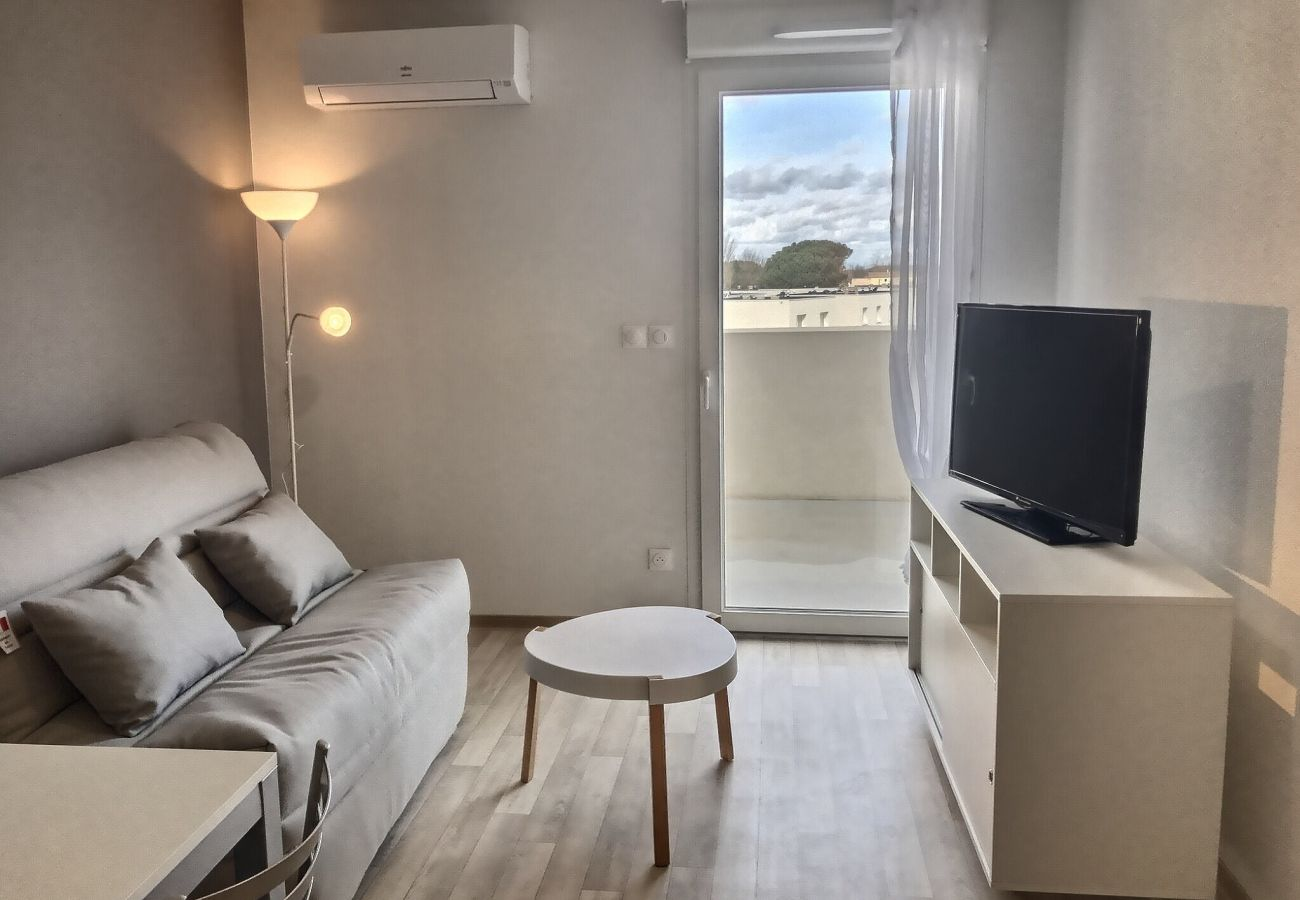 Appartement à Valras-Plage - Appartement confortable pour 4 personnes + 1 bébé. A202