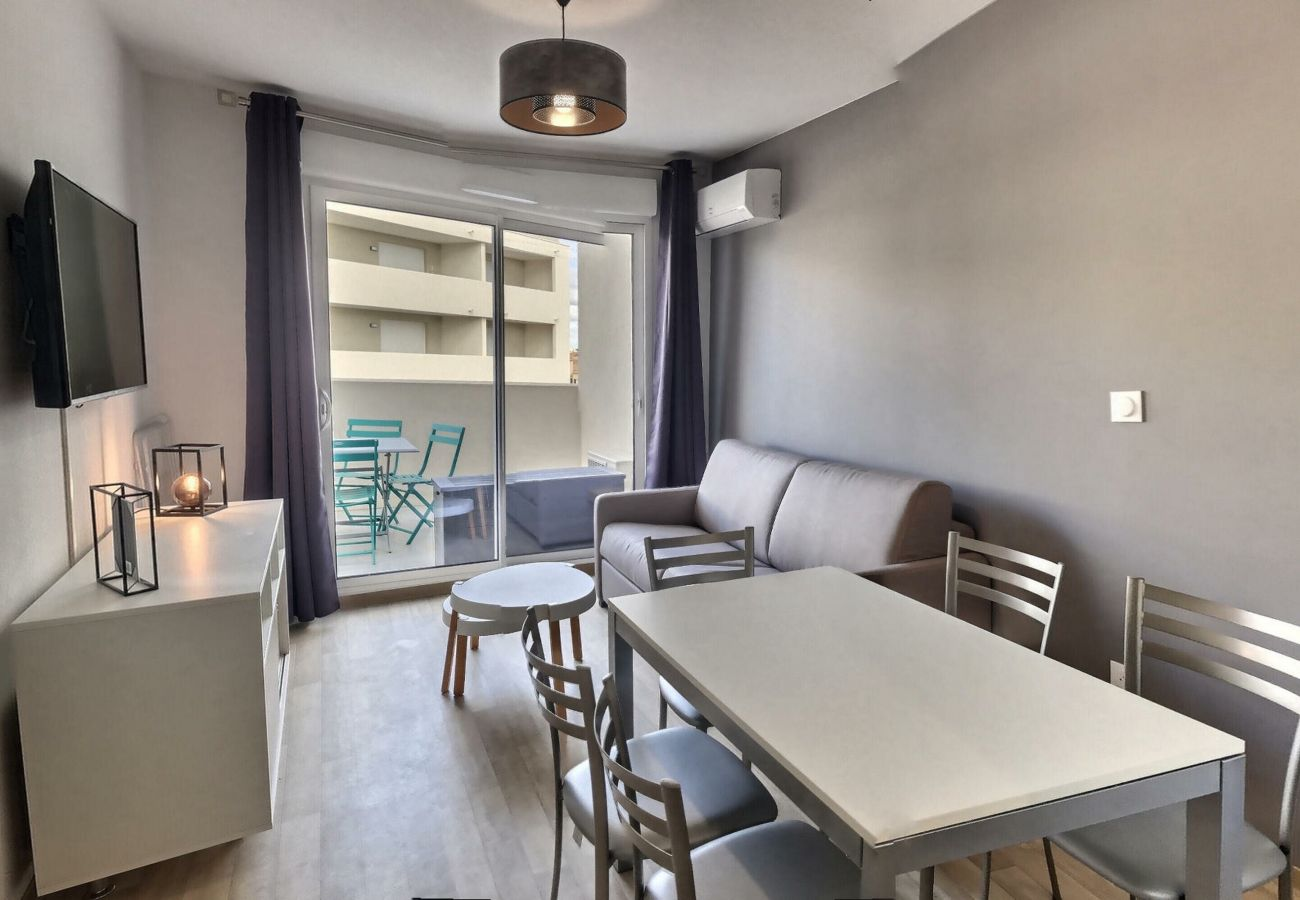 Appartement à Valras-Plage - Agréable appartement neuf T2 pour 4 personnes + 1 bébé. A206