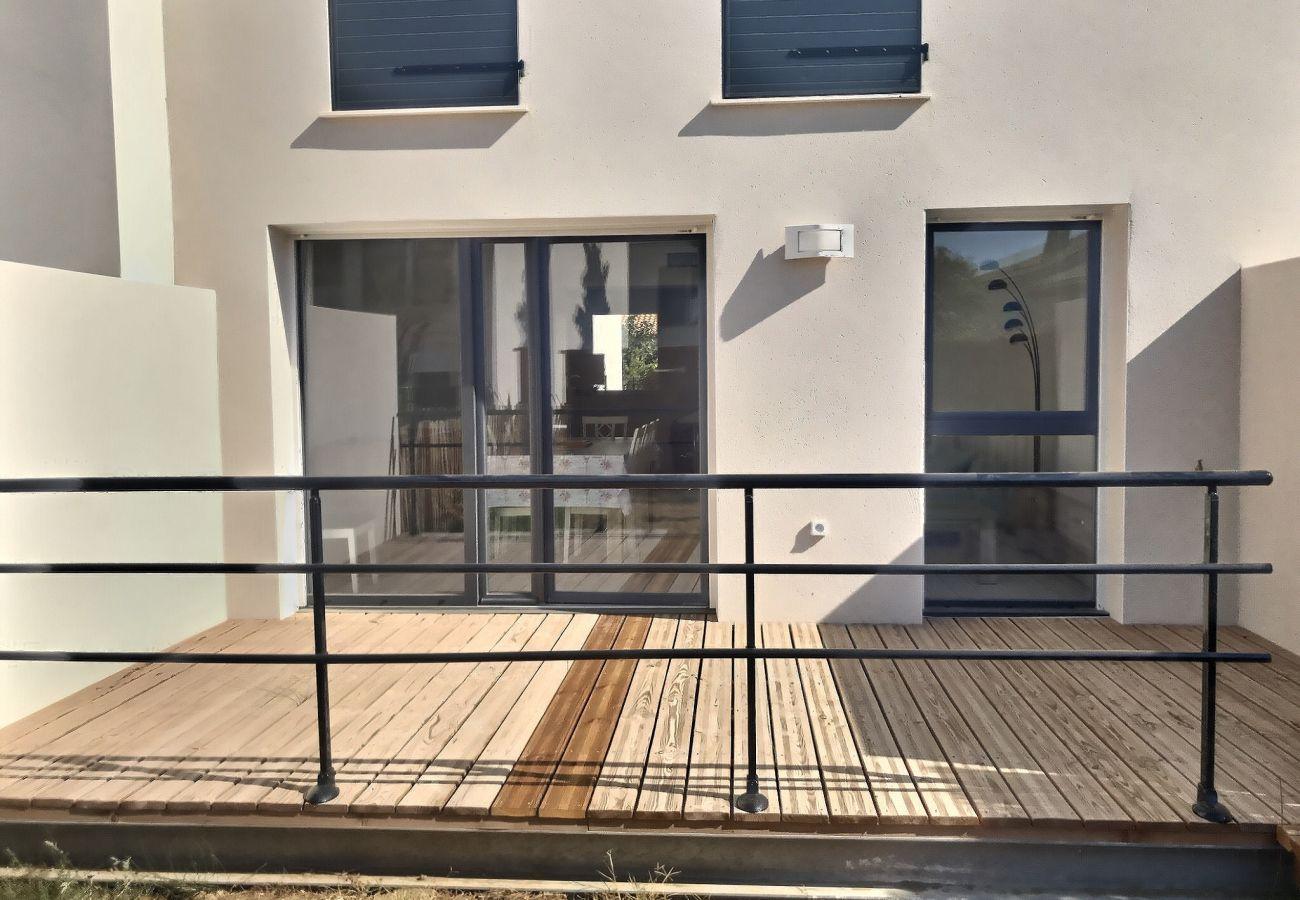 Maison à Sérignan - Pavillon climatisé pour 6 pers. dans résidence sécurisée REF LD43