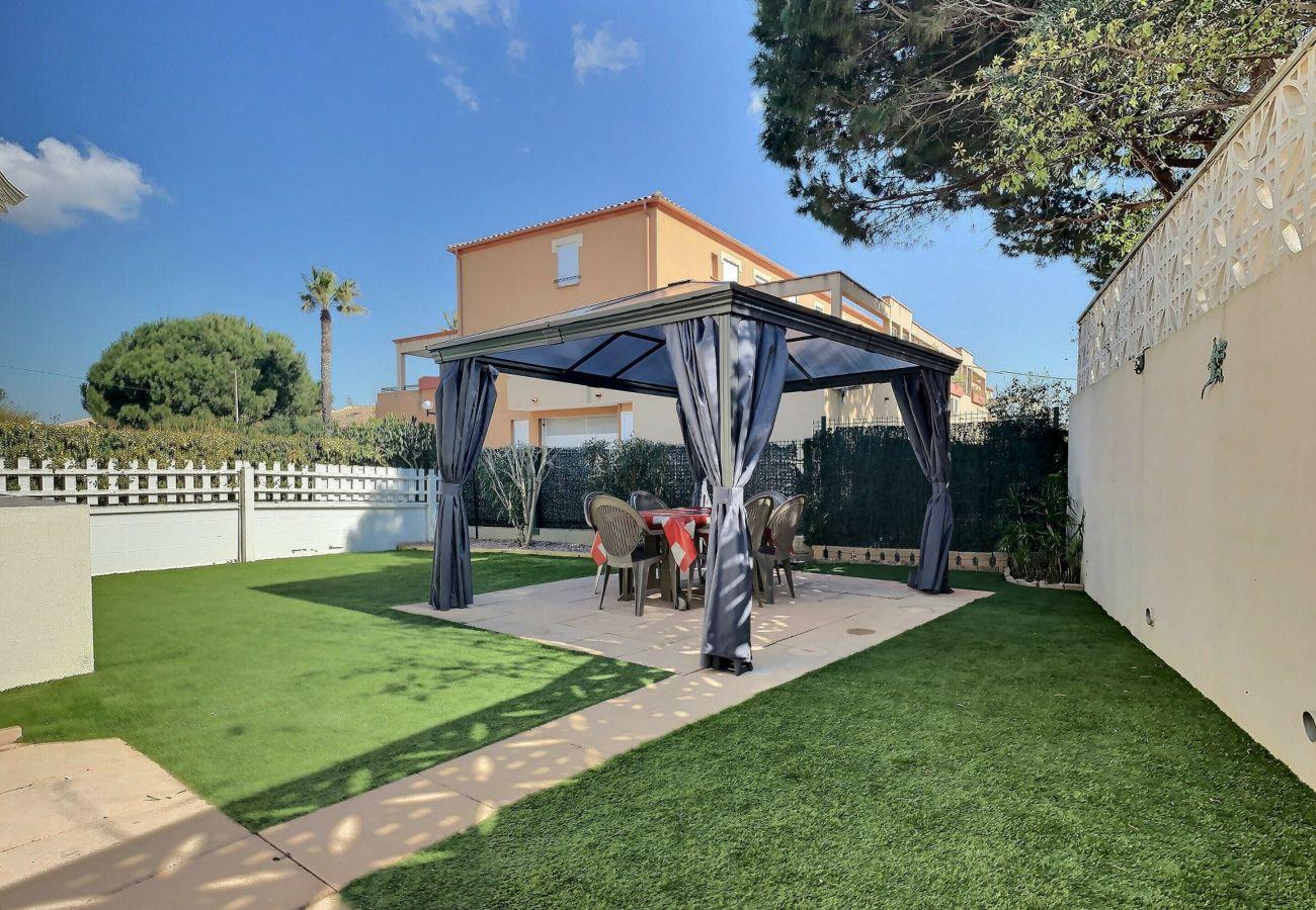 Maison à Valras-Plage - Confortable pavillon avec jardin dans une résidence sécurisée pour 6 personnes