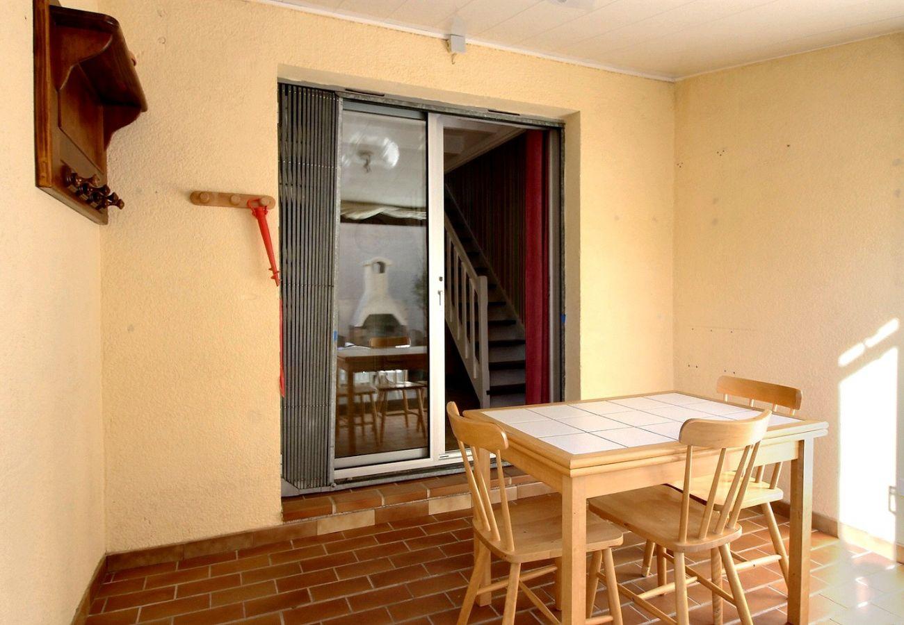 Appartement à Valras-Plage - Pavillon pour 6 personnes proche plage, dans résidence sécurisée