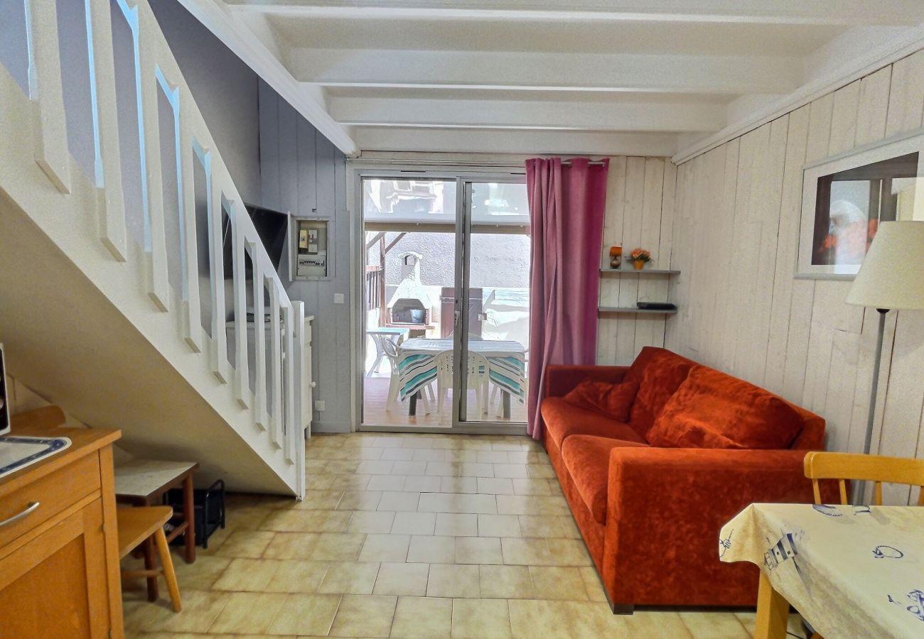 Maison à Valras-Plage - Pavillon pour 6 personnes proche plage, dans résidence sécurisée