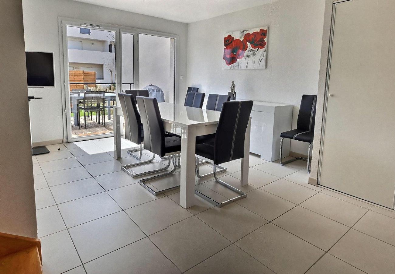Villa à Sérignan - Spacieuse villa moderne pour 7 pers à 500m de la plage dans une résidence sécurisée